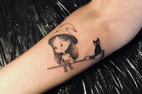 Petite sorcière mignonne